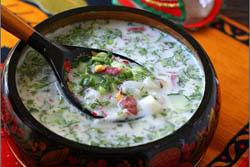 Окро́шка (от глагола крошить — мелко нареза́ть) — традиционное блюдо национальной русской кухни, холодный суп