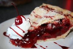 Разнообразные вишневые пироги не требуют много времени и больших затрат