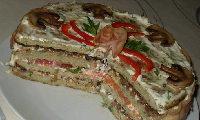 Закусочный торт из кабачков – популярная летняя закуска