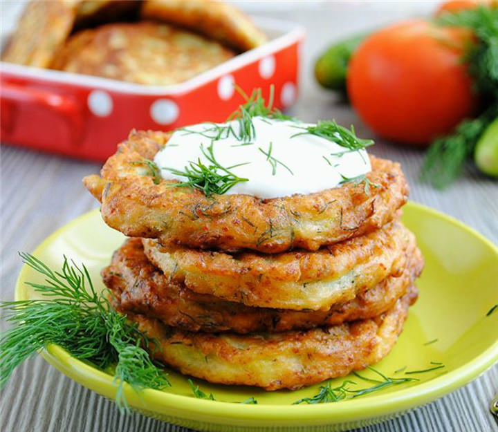Аппетитные оладьи с хрустящей корочкой – лучший способ приготовления кабачков