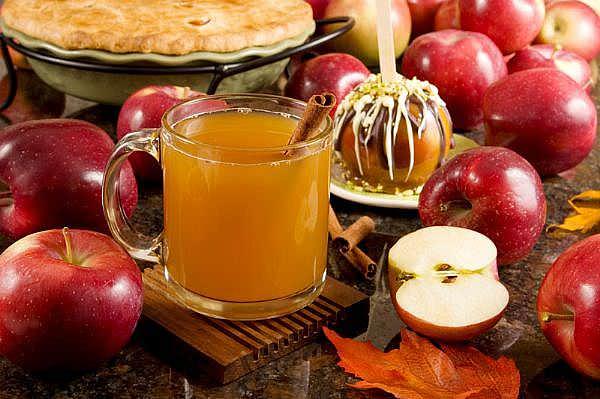 Чаще всего яблоки сорта «Фуджи» применяют при приготовлении десертов и салатов, из них делают сок