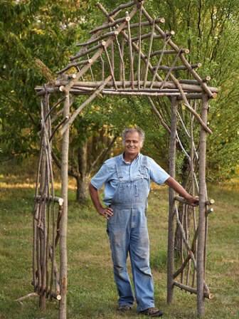 Простейшая и самая дешевая деревянная арка своими руками
