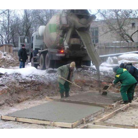 Существуют добавки, с которыми можно работать даже в -35°С, и при этом бетон получается качественным