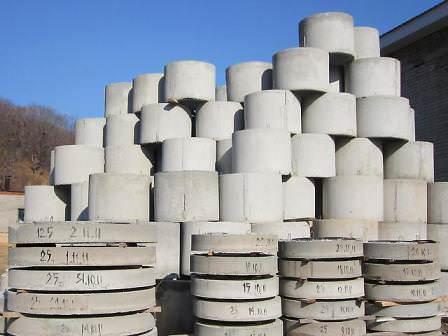 Какие бетонные изделия можно использовать на дачном участке?