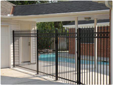Обязательно изучите все варианты металлических ворот для дачи перед установкой