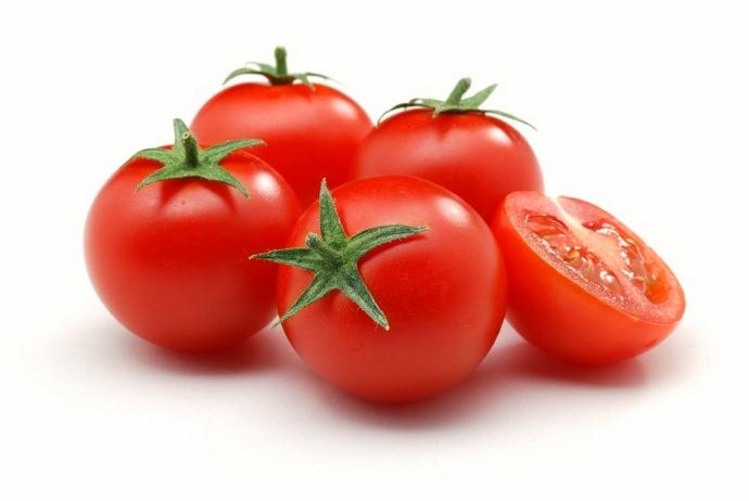 К сортовым достоинствам томата Дубрава можно отнести хорошую транспортабельность собранного урожая, а также высокий уровень продуктивности и раннеспелость