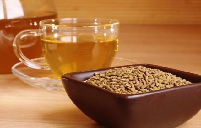 Если наблюдается усталость, падение сил и потеря аппетита, отлично поможет чай из пажитника