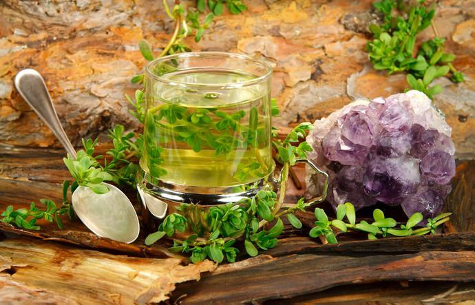Траву Брахми можно использовать в чистом виде или же смешивать с другими косметическими компонентами