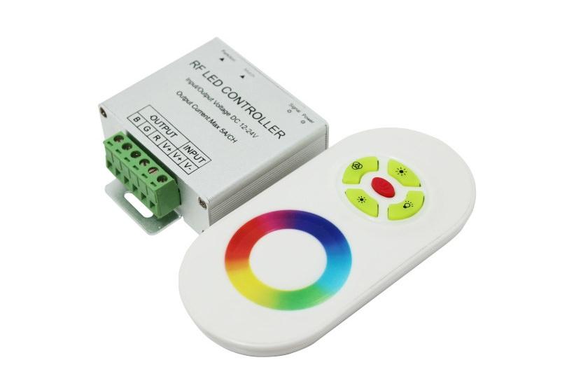 Самым технически простым вариантом дистанционного контроля является стандартный настенный контроллер