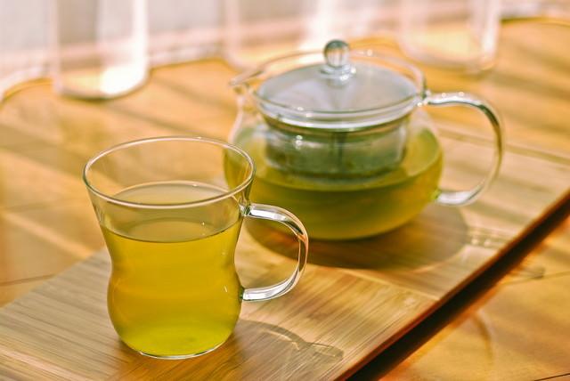 Чай из кориандра помогает облегчить проявление аллергических реакций