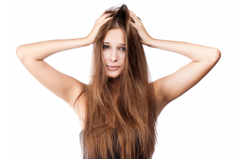 Косметологи выбирают кинзу для создания средств по уходу за волосами