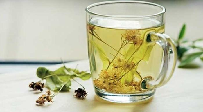 Очень хороший результат при похудении даёт применение омелы белой в смеси с сушеными цветками липы