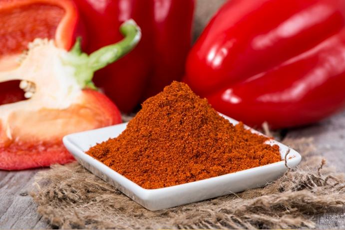 В паприке содержится витаминный комплекс, основным компонентом в нем является С