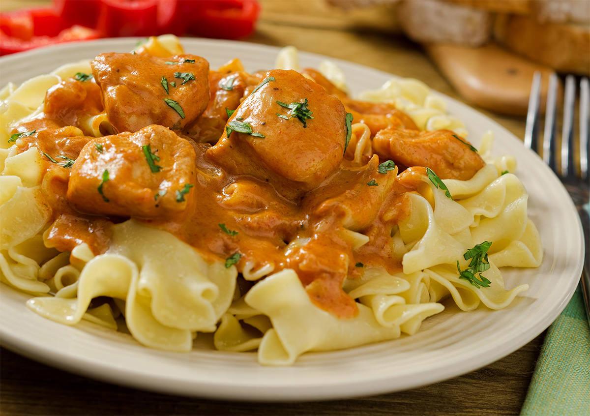 Национальное блюдо Венгрии – паприкаш - не приготовить без перца