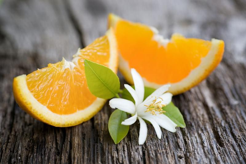 Регулярное употребление горького апельсина в пищу позволяет не только снизить вес, но и повышает иммунитет