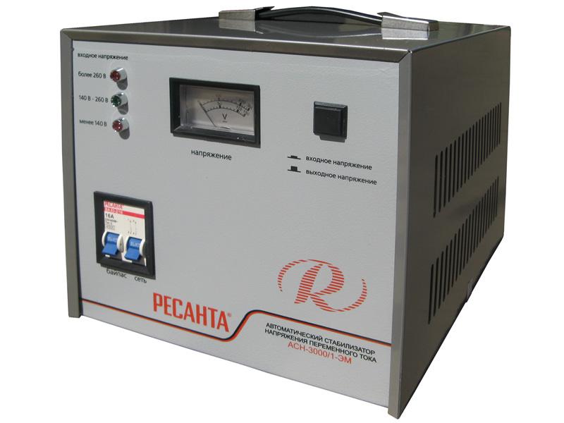 Сервоприводный стабилизатор функционирует за счёт перемещения угольной щетки по трансформаторным обмоткам