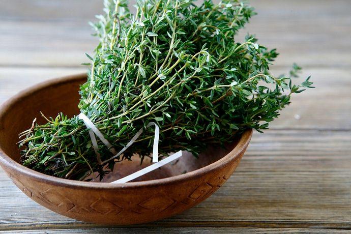 Благодаря уникальным компонентам, чудо-трава оказывает лечебное воздействие на человека любого возраста