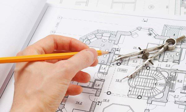 Пристроенное к жилому строению помещение относится к работам по перепланировке и перестройке домовладения, поэтому осуществляется при наличии соответствующей разрешительной документации