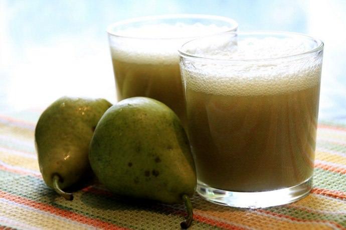 Заготовку грушевого сока проводят двумя способами