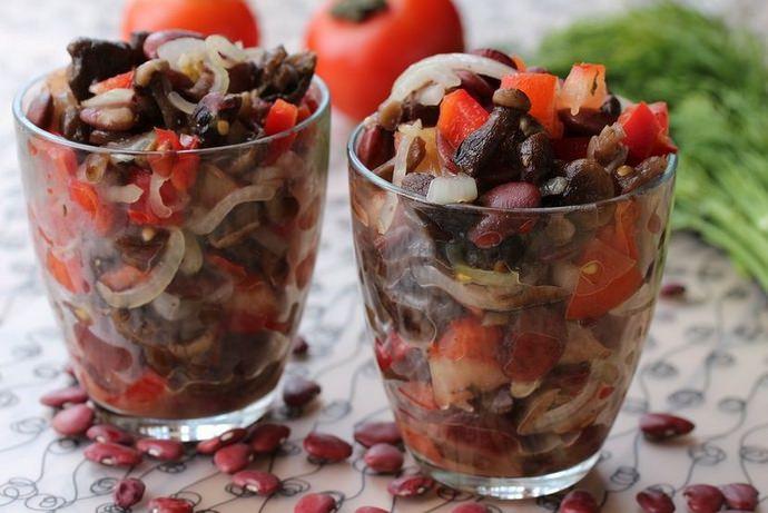 Приготовленные на основе стручковой фасоли блюда полезны как для мужчин, так и для женщин