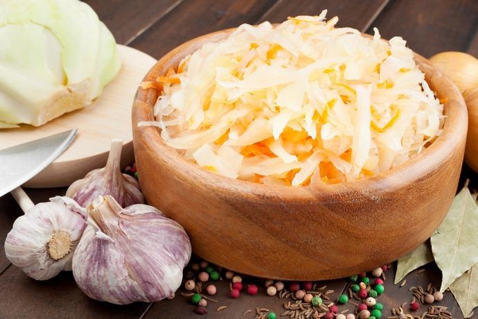 Квашеная капуста является очень популярным национальным блюдом многих стран, включая Россию