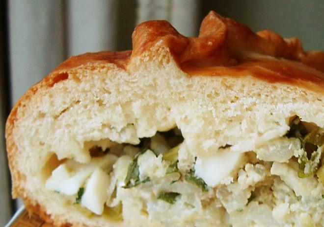 Чтобы приготовить нежные духовые пирожки с рисом, лучше сделать творожное тесто