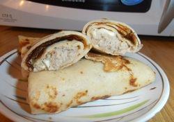 Блинчики с ливерной колбасой: рецепт с сыром, яйцом, копченой, фаршированные, начинка, видео и фото