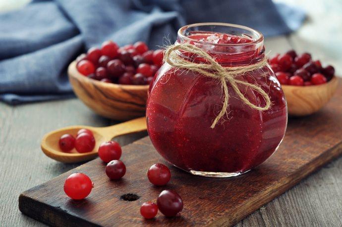 Яблочно-клюквенное варенье – это идеальное решение