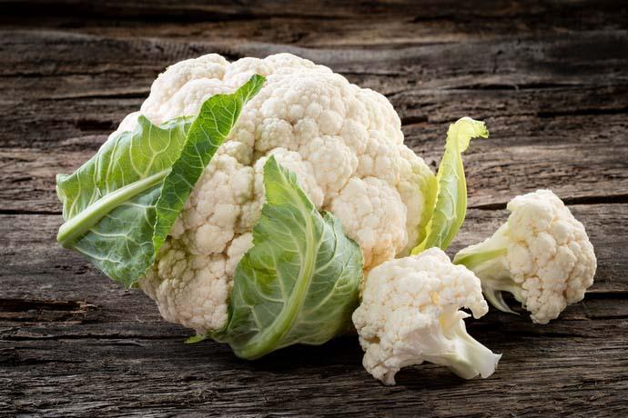 Чтобы как можно дольше сохранить собранный урожай, лучше всего выращивать среднеспелые или поздние сорта