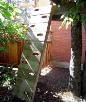 Лестница для домика на дереве своими руками: фигурная, декоративная или стандартная