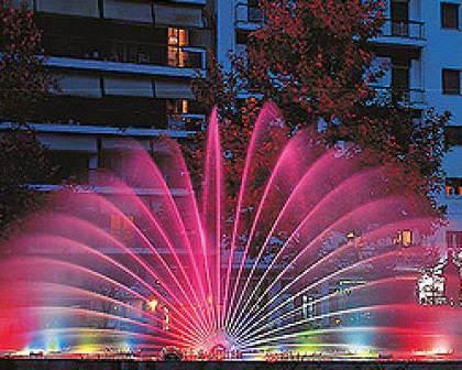Безусловно, сначала учитываем эстетическую составляющую, мы ведь хотим красивый и оригинальный фонтан
