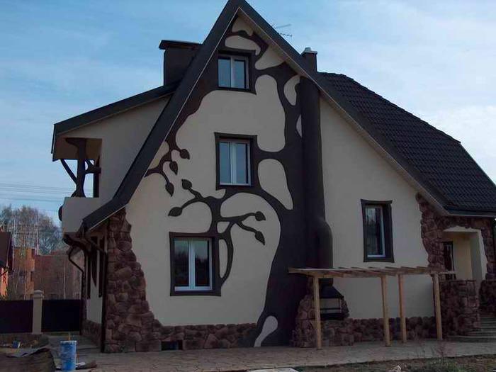 Фасад дачного дома можно украсить различными отделочными материалами