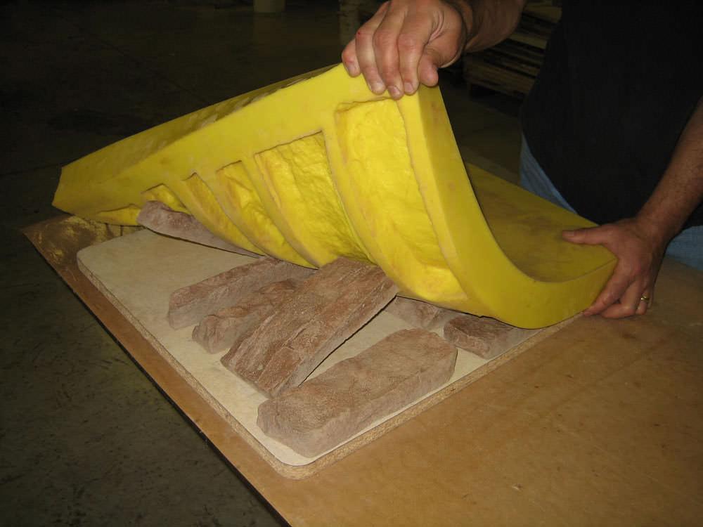 Наиболее правильный вариант формы для искусственного камня из силикона