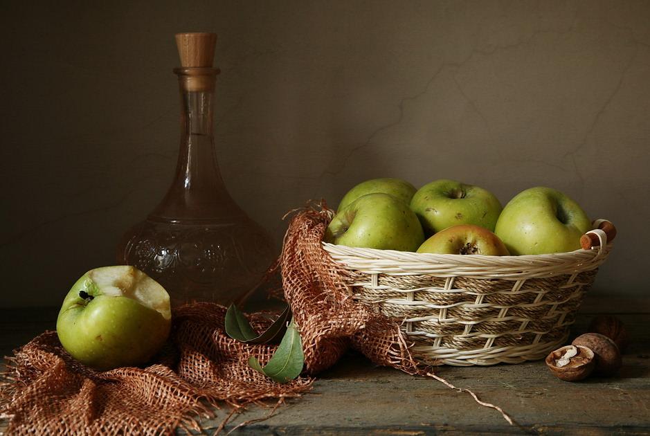 Вино из яблок может сделать каждый