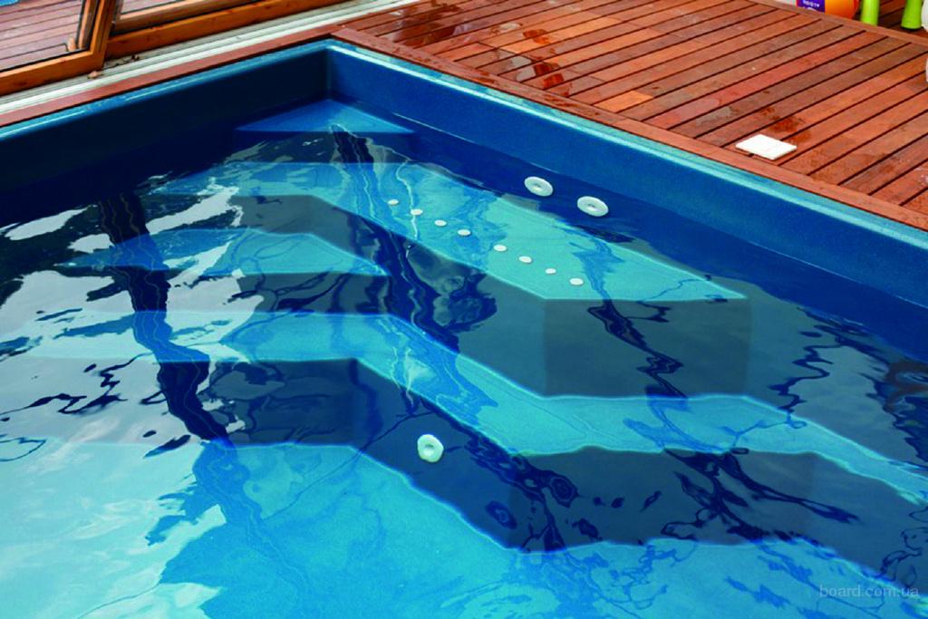 Технические характеристики материалов производства композитных бассейнов обладают некоторыми отталкивающими свойствами для грибка, водорослей и плесени