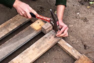 Начинаем строительство ящика под компост из дерева