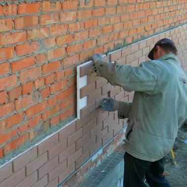 Качественная отделка стен дачного дома с одновременным утеплением