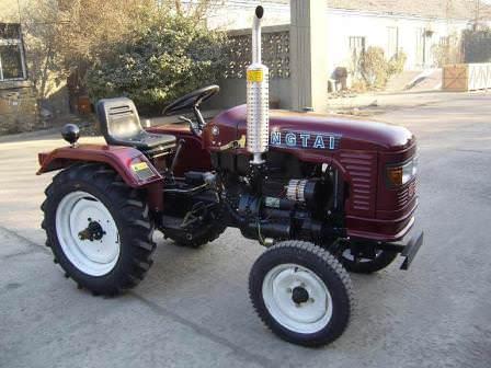 Как использовать мини-трактор на даче в летнее время?