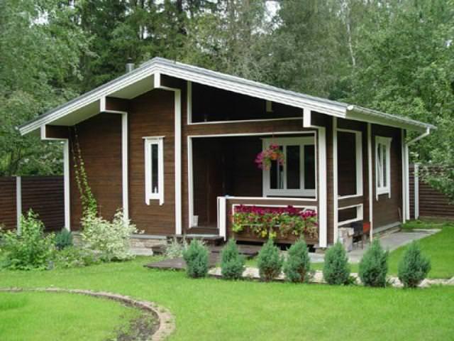 Можно самостоятельно создать проект дома, который будет удобен лично вам по расположению внутренних помещений