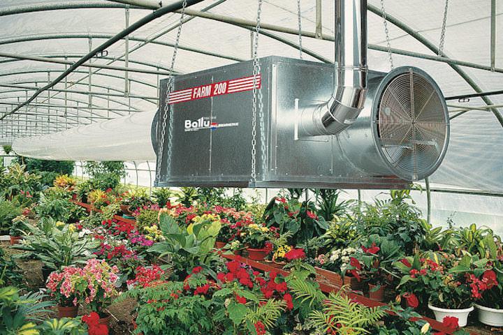 Использовать для отопления теплиц можно и более совершенные установки – электрические калориферы и газовые обогреватели для теплиц