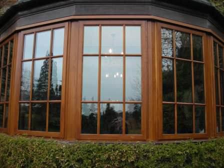 Недорогие, но очень качественные верандные окна, глухие или створчатые