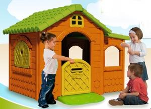 Если не удается приобрести пластиковый домик для ребенка в магазине, то мы можем построить его и самостоятельно