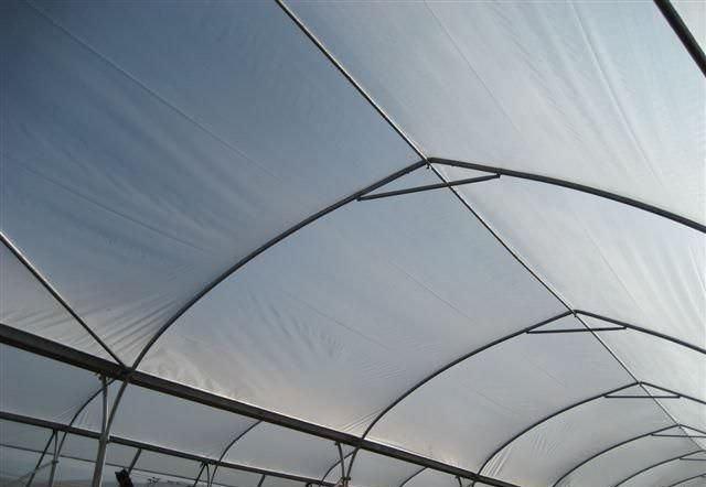 В набор многолетних пленок входят и сополимерная пленка, и вспененная, и даже воздушно-пузырьковая пленка, которая предназначена для использования только в определенных условиях