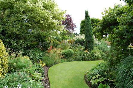 Пейзажный стиль в ландшафтном дизайне: английский, элементы, цветники, клумбы (30 фото)