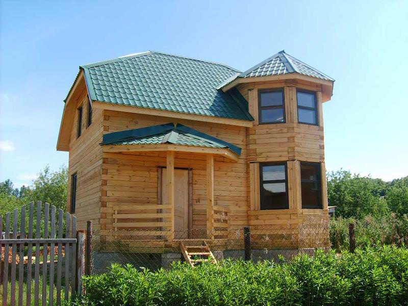 В домах из бруса или в деревянных срубах, возможна замена определенных частей стены