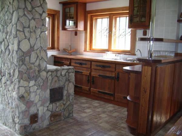 Ремонтируем, приводя в порядок и качественно обустраиваем дачную кухню