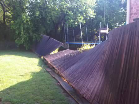Если дачный забор требует ремонта, обратитесь к советам специалистов!