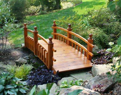 Декоративные садовые мостики