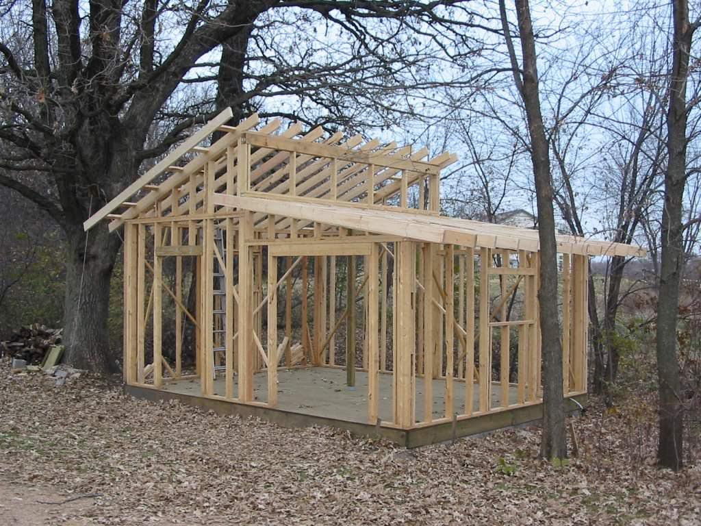 Шиферная крыша на деревянных лагах и обрешетке