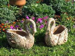 Изготовить садовые скульптуры собственноручно несложно